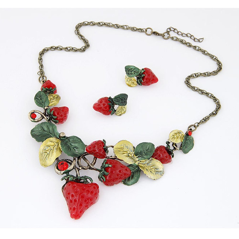 QTMY Strawberry Leaves Earrings and Necklace Set Jewelry Choker