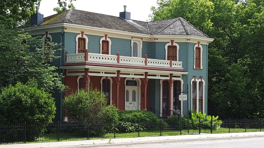 Eight Tricks and Tips for Restoring a Historic House