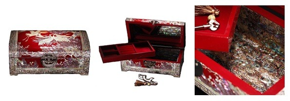 The Asian jewelry boxes